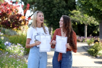 It was another great morning of results here at Rathdown School. Congratulations to the Leaving Certificate Class of 2019!
